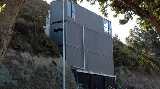 Cliffside Shipping Container Home in New Zealand