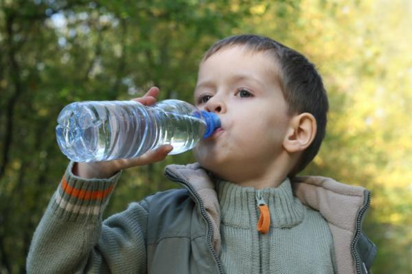 A exposição ao BPA pode ter efeitos nocivos para a saúde. O BPA é usado em embalagens de plástico, como garrafas plásticas, copos e potes