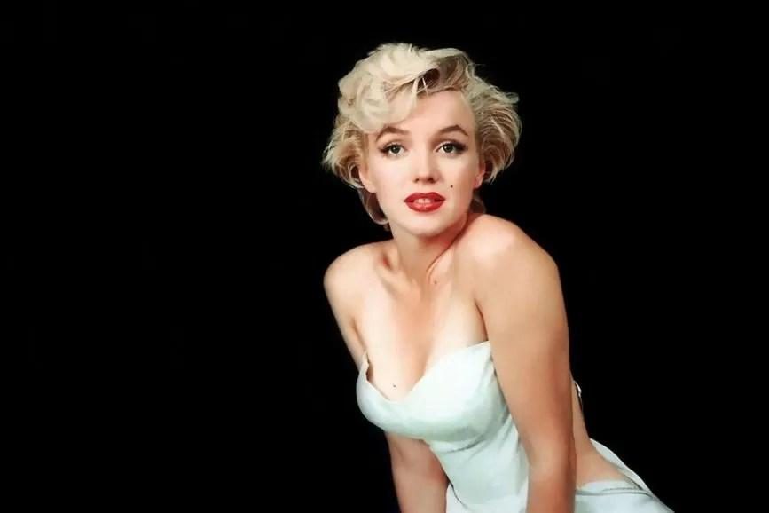Marilyn Monroe spalle