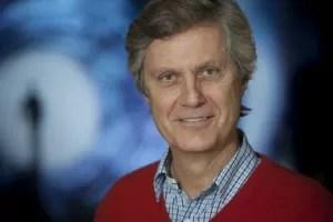 Lasse Hallström regista