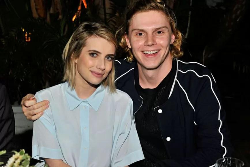 Emma Roberts e Evan Peters coppia