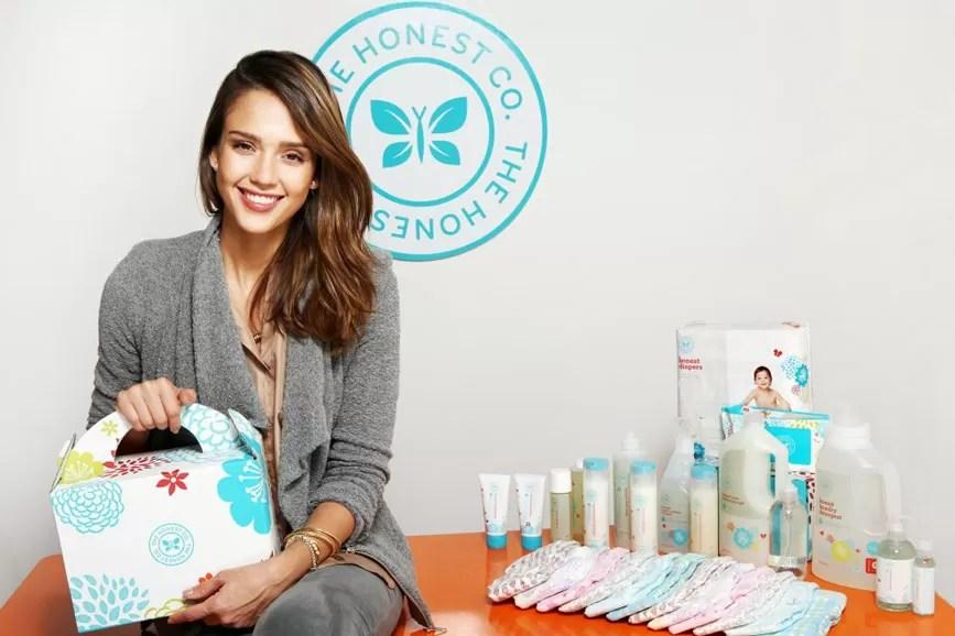 Jessica Alba foto logo aziendale