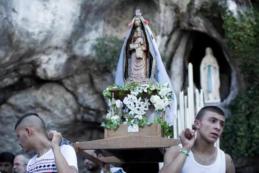 Lourdes documentario