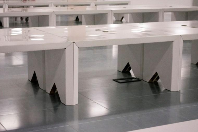 cardboard-furniture-corrugated-quality-desk-white-sustainable
