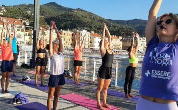 essere-yoga-benessere-alassio-wellness-wellbeing-visit-esperienze-experience-lucia-ragazzi-world-weekend-vacanze-turismo-molo-free-alba-tramonto-cinzia-galletto-città-6