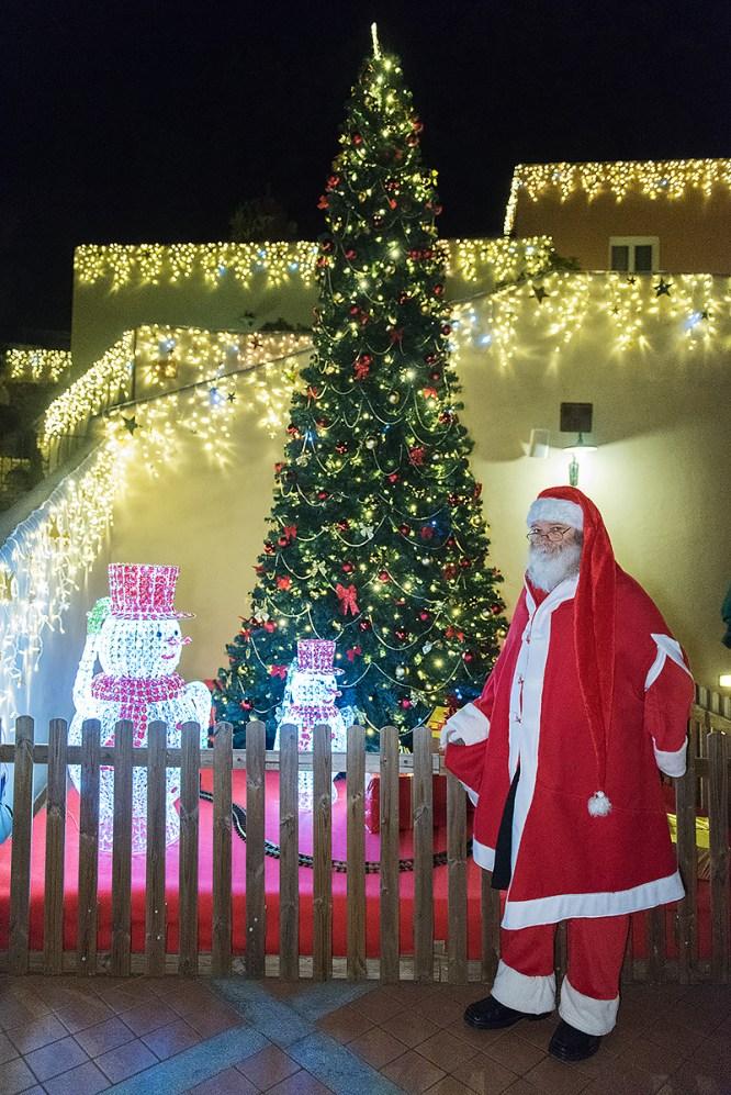 villaggio natalizio finale ligure