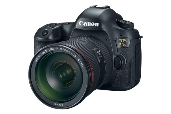 5DSR com EF 24-79mm F2.8 L. Créditos Canon Inc.