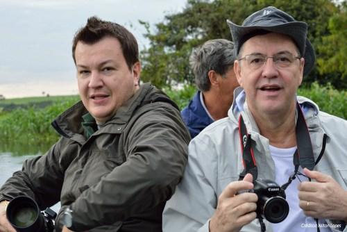 Tiago D., Luiz Ricardo e o piloteiro ao fundo. Créditos: Nilton Lopez.