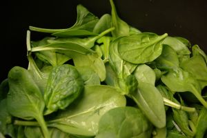 spinach for Pre-workout smoothies and juices