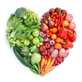 prevent heart disease with a healthy diet high in fresh vegetables