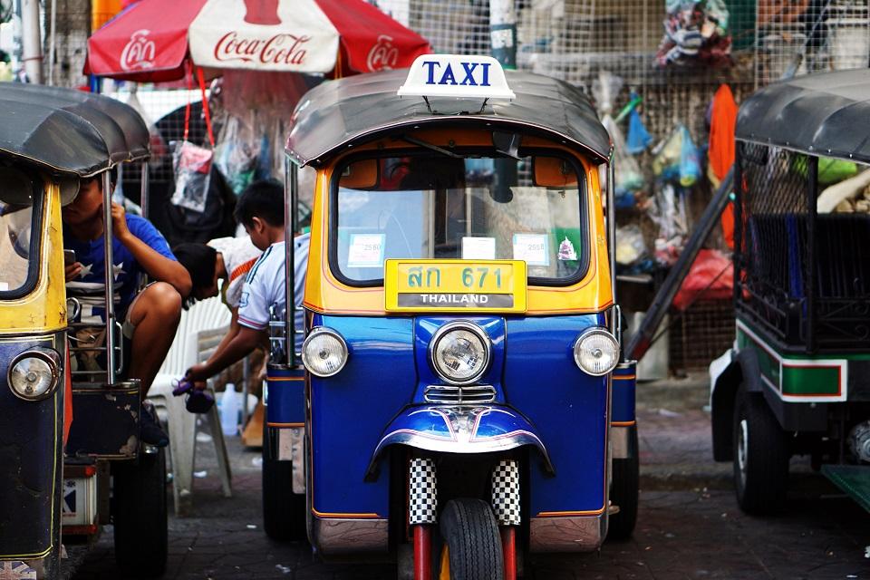 on demand auto rickshaw app