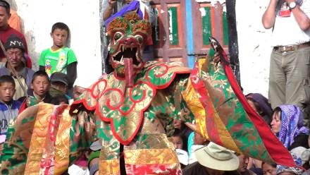 mustang tiji festival trekking