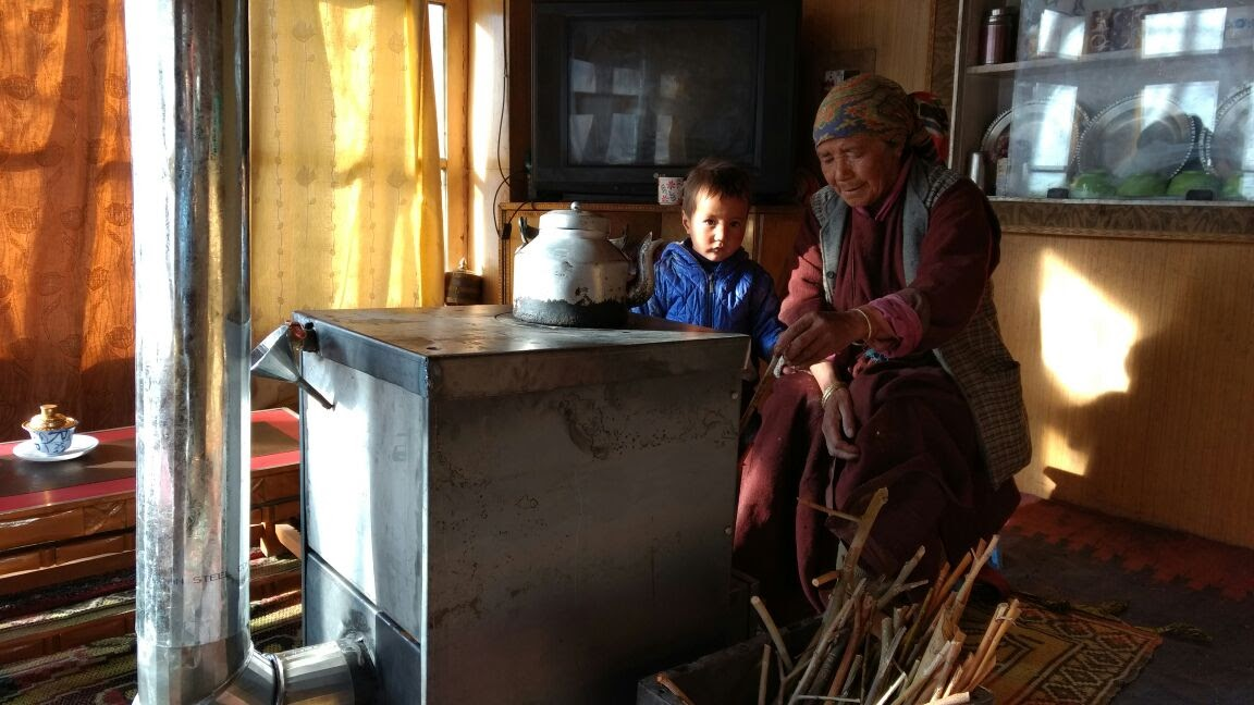 Himalayan Rocket Stove in use in Ladakh