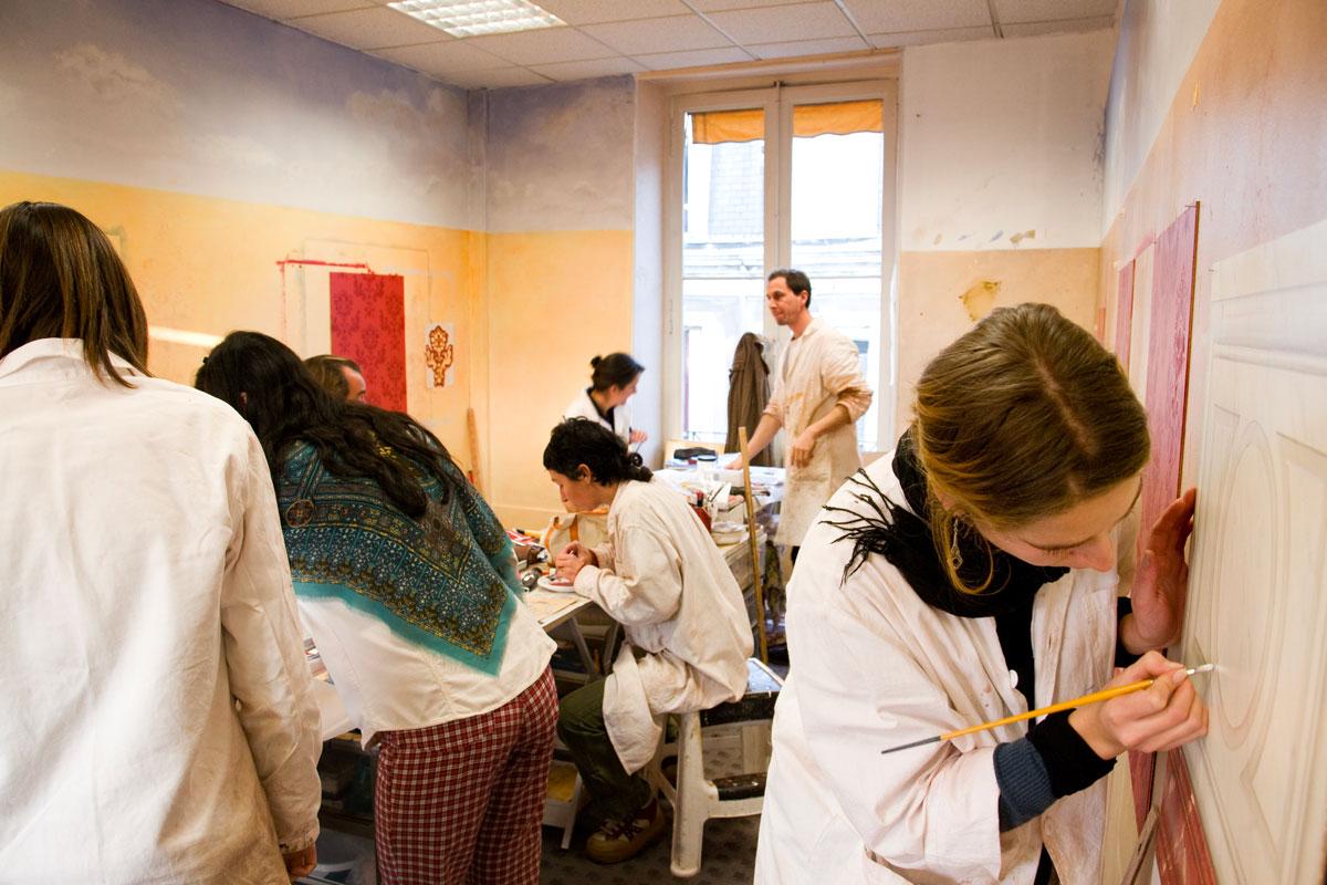 Ecole française dedécor Peint
