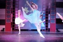 2004 _La danse aux chansons_ (50)