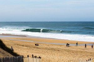 Ecole de surf & skate @Soonline Moliets plage cours et stage de surf – location – pro shop – vélo – surf weekend