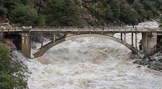 326px-Flood_under_the_Old_Route_49_bridge_crossing_over_the_South_Yuba_River_in_Nevada_City,_California