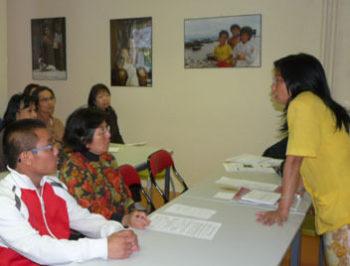 Cours de vietnamien pour adultes par le professeur Mme Nguyen Tôn Nu Hoàng Mai