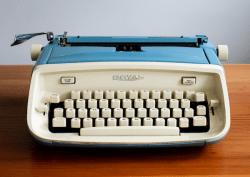 Royal Aristocrat vintage typewriter notecard