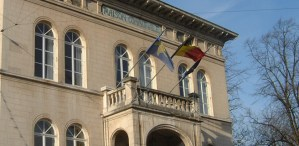 La nouvelle majorité a un an - et si on faisait le point? @ Gare de Watermael | Watermael-Boitsfort | Bruxelles | Belgique