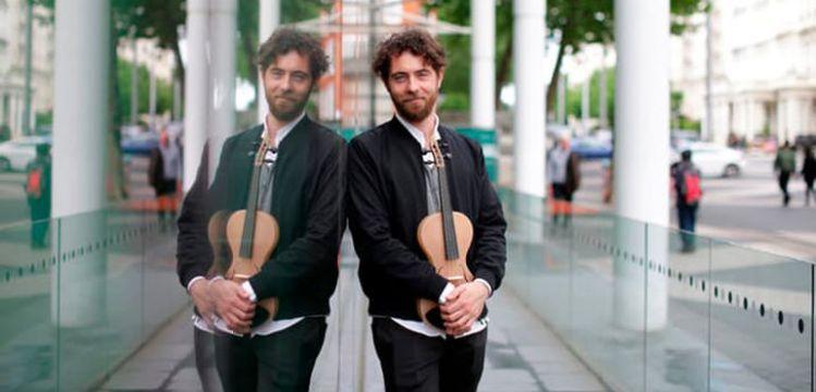 il creatore del violino in seta di ragno è marchigiano
