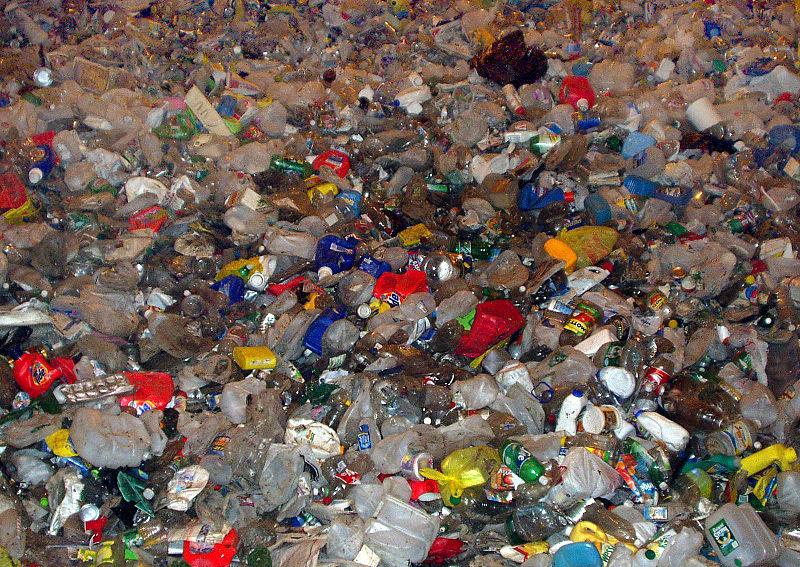 800px-Plastic_recycle