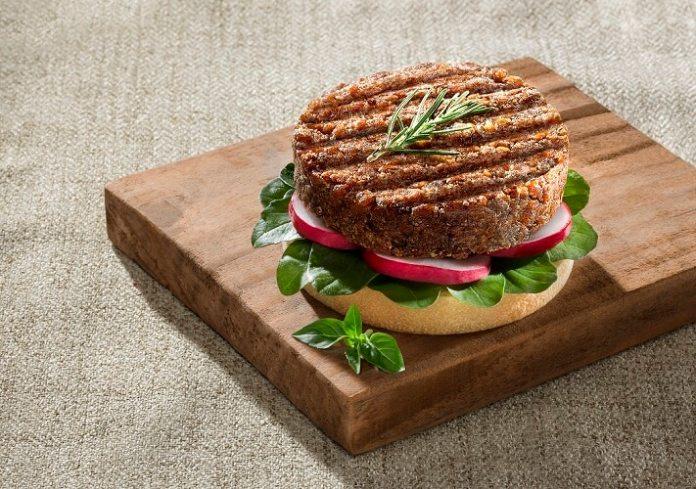 Jasmine Alimentos lança hambúrguer de carne vegetal