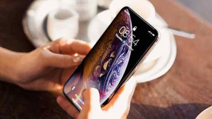 Apple paga multa milionária à Samsung por não atingir metas de compra de OLED