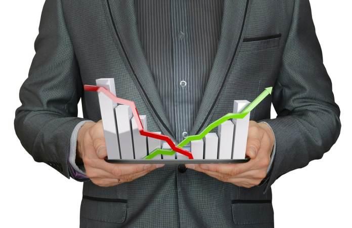 De acordo com o relatório Perspectiva Econômica Global divulgado nesta terça-feira (6), o FMI calcula crescimento do Produto Interno Bruto brasileiro de 3,7% este ano, 0,1 ponto percentual a mais do que o previsto na estimativa de janeiro.