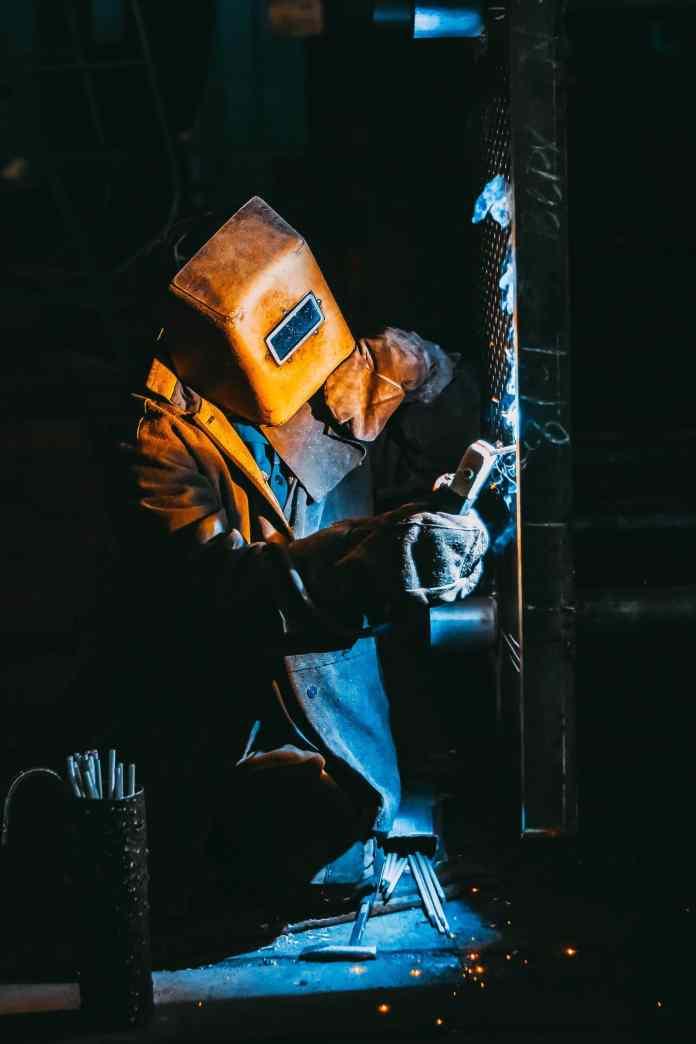 A pesquisa registrou ainda um aumento de 3,3% no valor das incorporações, obras ou serviços de construção civil, entre 2010 e 2019, no estado, saindo de 12,7% para 16%.