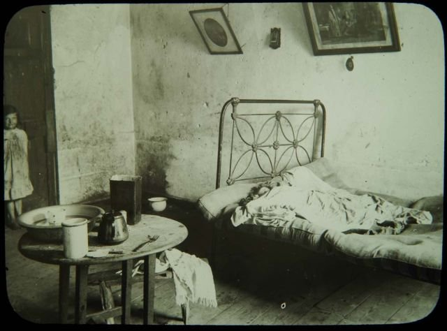 A Tenement Room on Francis Street, Dublin in 1913