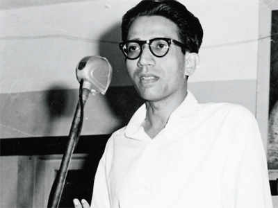 Young Bal Thackeray - Economic Times