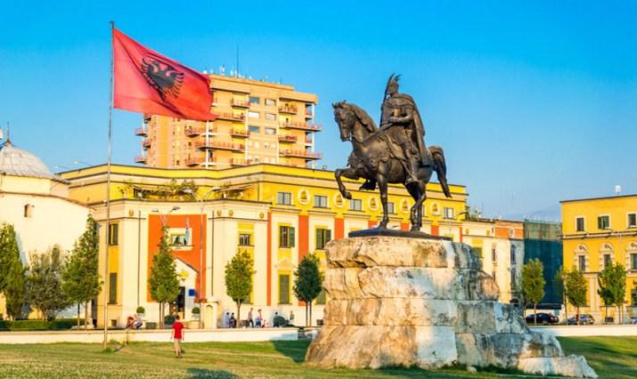 Πρόσω ολοταχώς για τις ενταξιακές συνομιλίες η Αλβανία   Economistas.gr