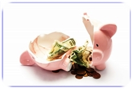 Piggy-bank-broken-with-money