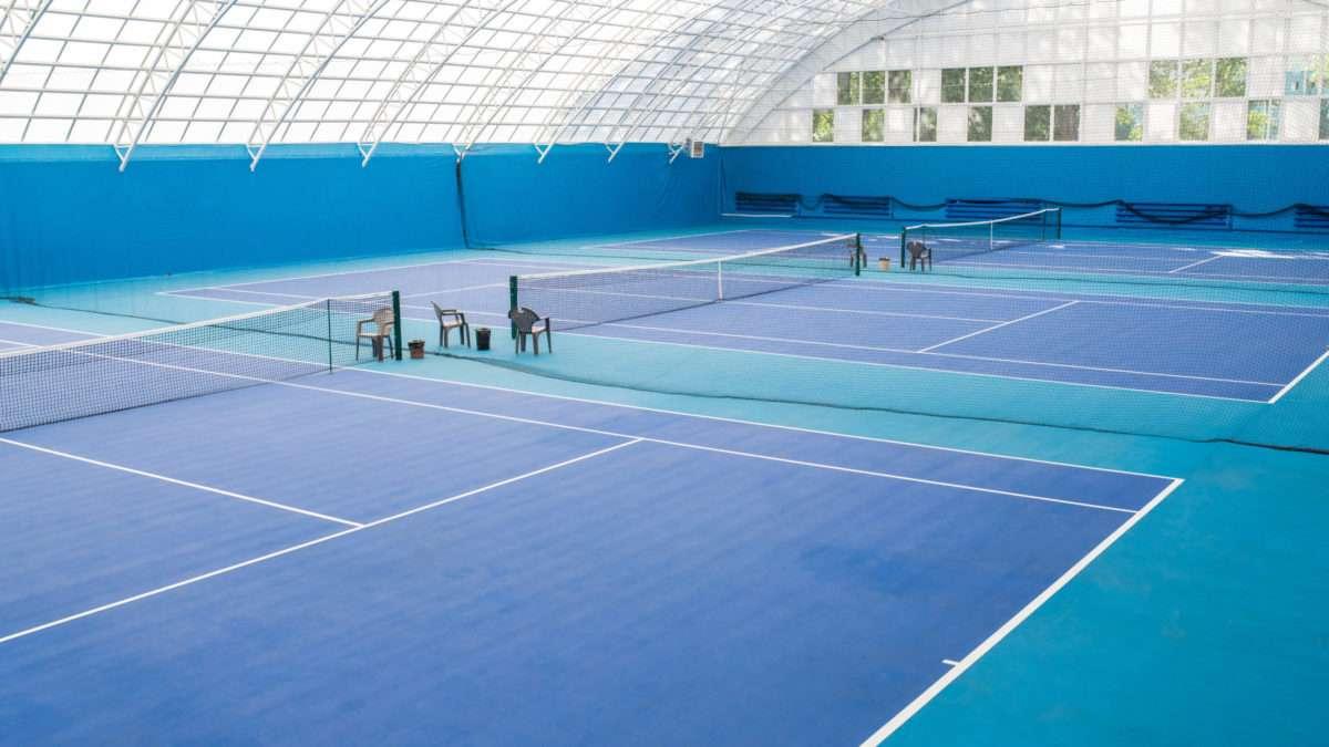 renovation terrain interieur tennis
