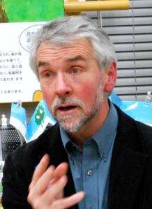 ピート・ヒギンズさん。2011年にも来日、研究者や学生など多くのみなさんと話しあいました。