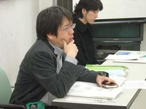 最新の取材を元に情報提供する朝日新聞の石井記者