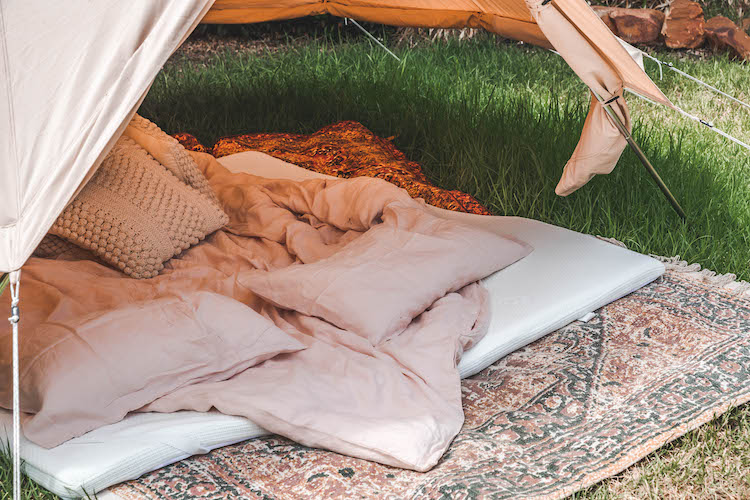 how to make the ultimate pillow fort