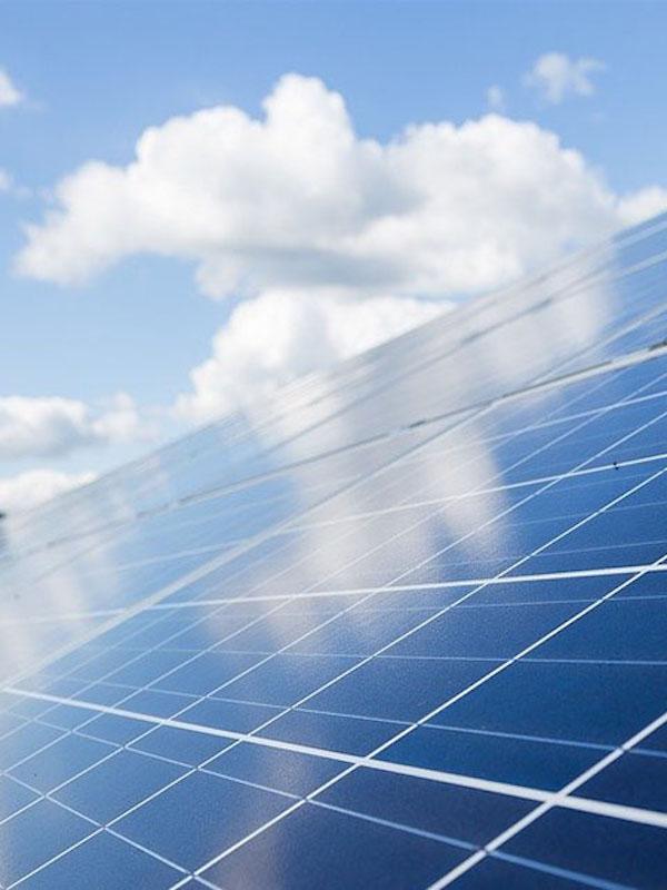 Dos proyectos fotovoltaicos en Cáceres crean miles de puestos de trabajo