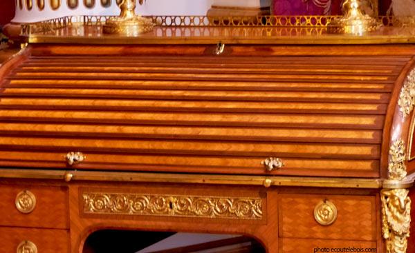 bureau à cylindre Louis XVI Louvre