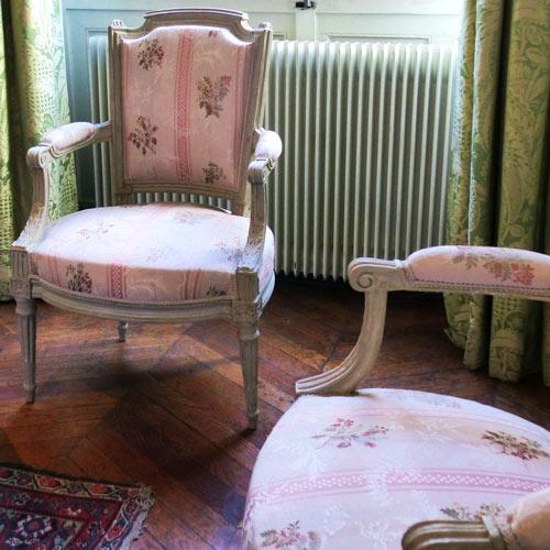 chaises Louis XVI dossier en chapeau ecoutelebois