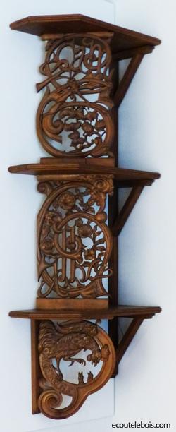 Etagère Emile Gallé-art-nouveau-1888-celtique ecoutelebois