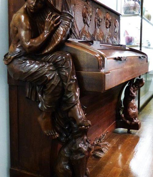 piano Carabin-1900 art-nouveau sculpture - ecoutelebois