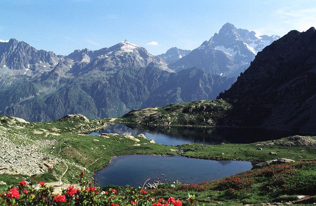 Les Lacs De Ptarel Parc National Des Ecrins