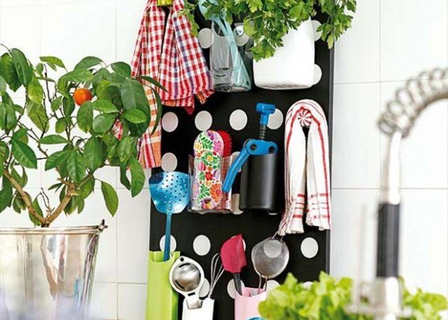 DIY Storage Idea for Kitchen Utensils