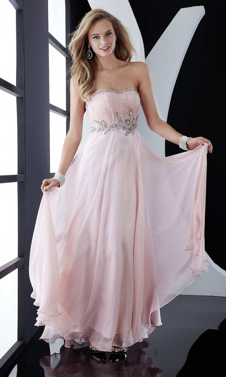 Find The Best Prom Dress For An Hourglass Figure Tips