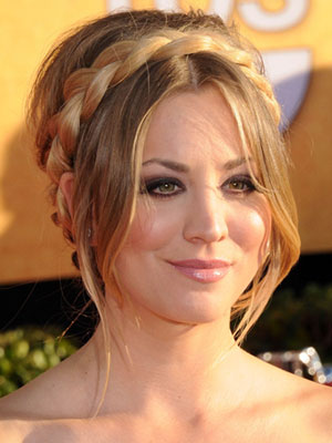 kaley-cuoco-long-hairstyle-with-bangs