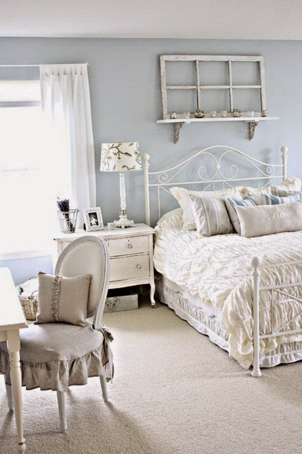33 Cute And Simple Shabby Chic Bedroom Decorating Ideas ... on Bedroom Ideas For Small Rooms  id=55329