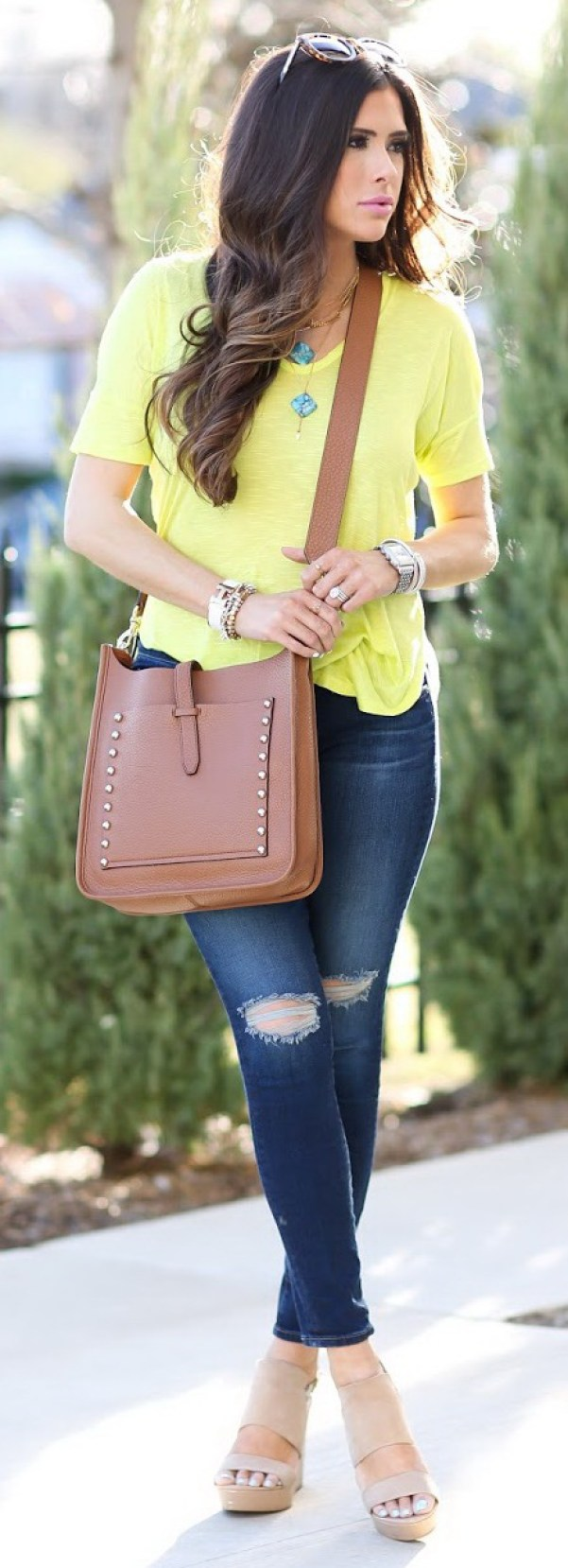 30 stylish and chic summer outfit ideas for your inspiration