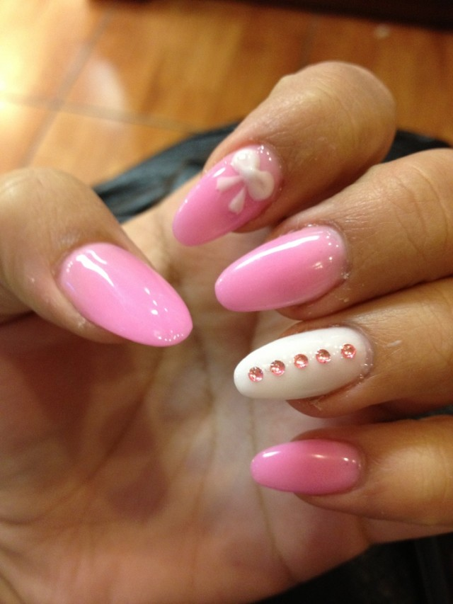 30 Cute, Cool And Simple Bow Nail Art Designs For Girls ...